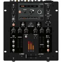 Behringer NOX202 DJ keverőpult