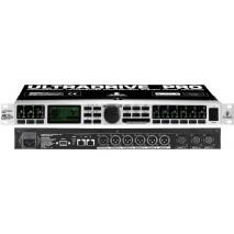 Behringer DCX2496 digitális processzor